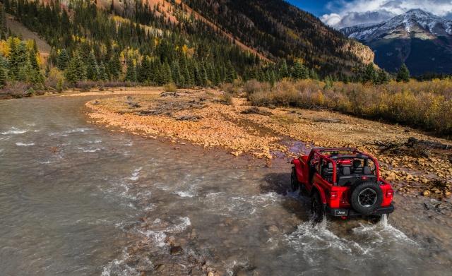 2018-Jeep-Wrangler-137-1.jpg