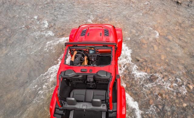 2018-Jeep-Wrangler-140-1.jpg