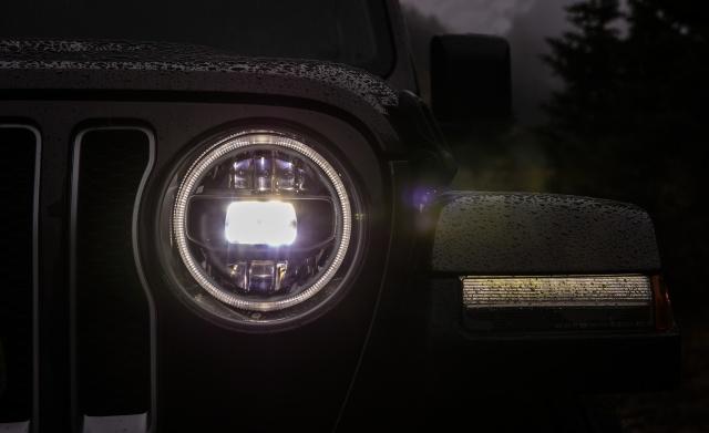 2018-Jeep-Wrangler-200-1.jpg